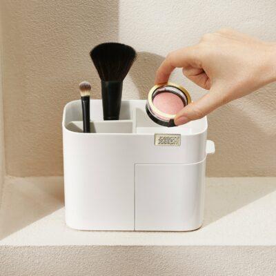 Organizador de cosméticos compacto com gaveta